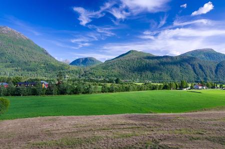 medium size: Generic Norwegian scenery with medium size mountains
