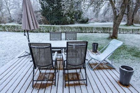 garden lawn: Swedish sun deck in April