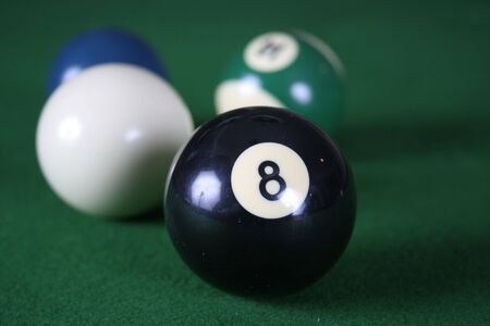 eightball: billiard balls