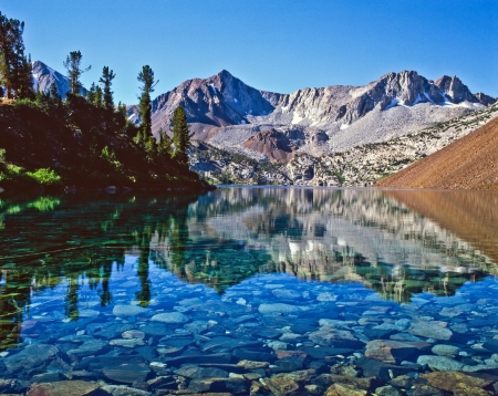 john muir wilderness: Dorothy Lake, John Muir Wilderness, Inyo National Forest, California Foto de archivo