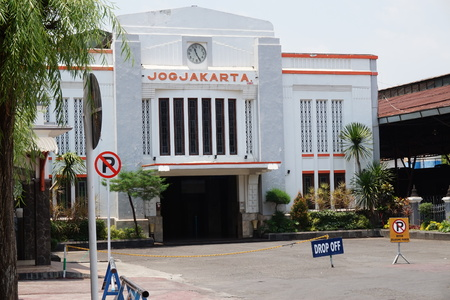 YOGYAKARTA: Tugu Train Station in Yogyakarta, Indonesia