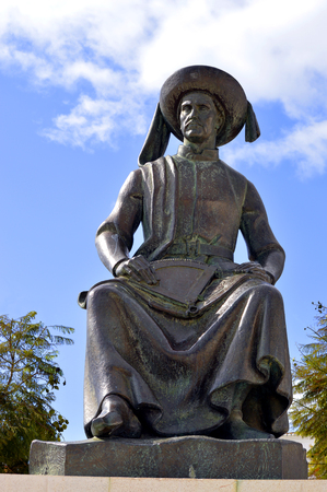 barlavento: Statue of Henry the Navigator the Portuguese explorer from the 15th-century