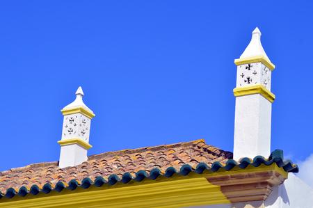 barlavento: Typical Portuguese chimney pots