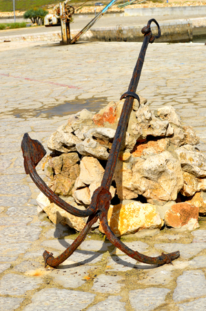 barlavento: An anchor at the Bensafrim river in Lagos harbour Stock Photo