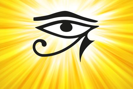 ojo de horus: Ojo de Horus y rayos de luz dorada. Antiguo símbolo egipcio de protección, poder real y buena salud, personificado en la diosa Wadjet, también escrito Wedjat. Similar al ojo del dios Ra. Ilustración.