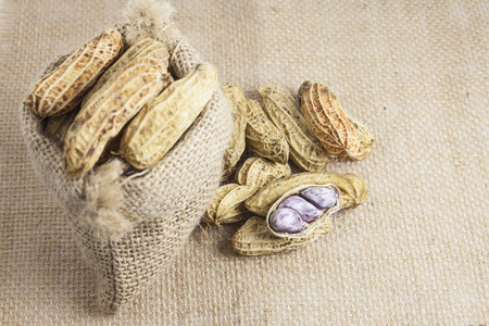 goober peas: Peanuts in a sack