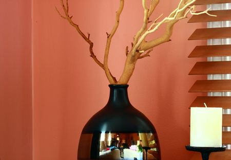 decoration: vase and candle