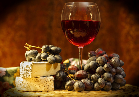 Red wine and Brie Cheese