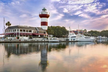 Harbor with lighthouse on Hilton Head Island Publikacyjne