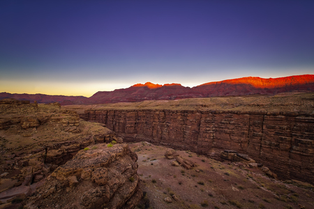 Sunset at Navajo Bridge in Grand Canyon, Arizona. Imagens - 92552355