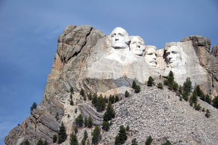 abraham: mount rushmore national memorial - Stone Sculptures of George Washington, Thomas Jefferson, Theodore Roosevelt, and Abraham Lincoln - black hills, south dakota, USA
