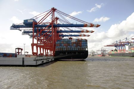 The port of Hamburg is the central hub for trade with Eastern and Northern Europe. As a container port, Hamburg takes second place in Europe and seventh place in the world. It is 120 km from the sea, but can nevertheless take the largest container ships i photo