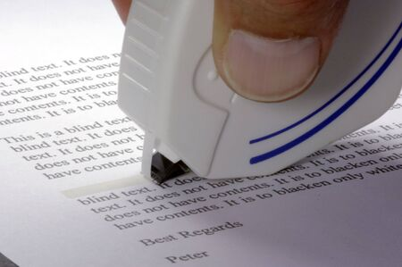 correct a text with the tipp-ex roller
