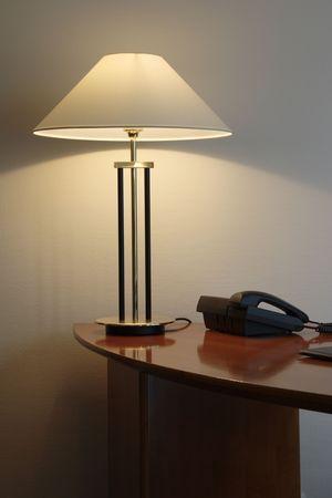 table lamp: Desk