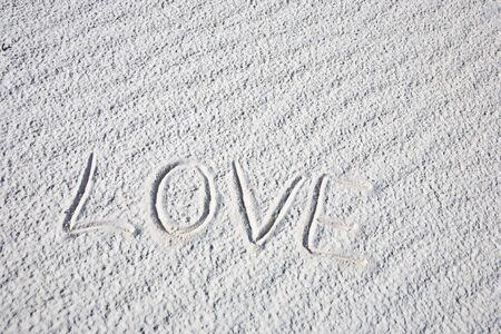 white sands national monument: Love shape - White Sands National Monument in New Mexico, USA