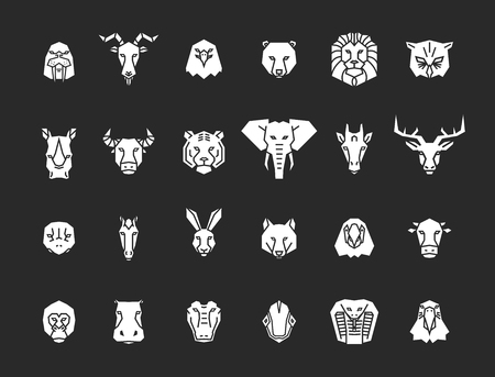 24 animal head icons. Unique vector geometric illustration collection representing some of the most famous wild life animals. Ilustração