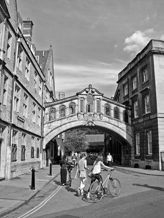 footbridge: Bridge of Sighs. New college lane. An old footbridge in Oxford, England. Stock Photo