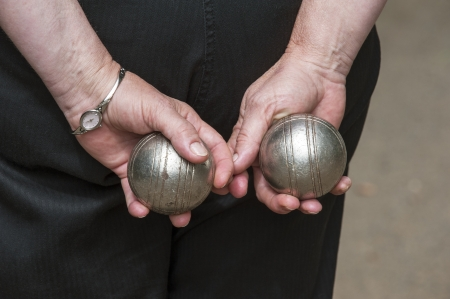 boules: Woman playing boules