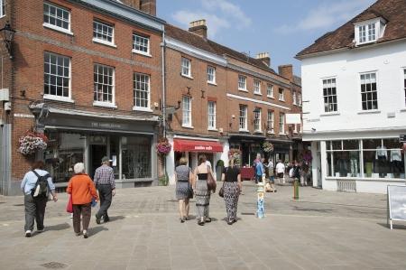 alfresco: Visitors i  The Square Winchester city centre Editorial