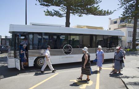 descubridor: Ciudad Descubridor hop on hop off bus en la regi�n de Napier Hawkes Bay Nueva Zelanda Editorial