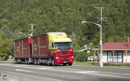 haulage: Haulage truck and trailer