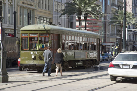 st charles: St Charles Centro tram della citt� di New Orleans USA Editoriali