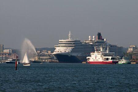 smal: Queen Elizabeth on Southampton Water England UK