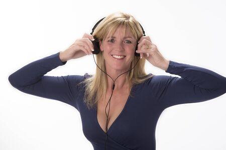 cabeza de mujer: Auriculares Mujer utilizando