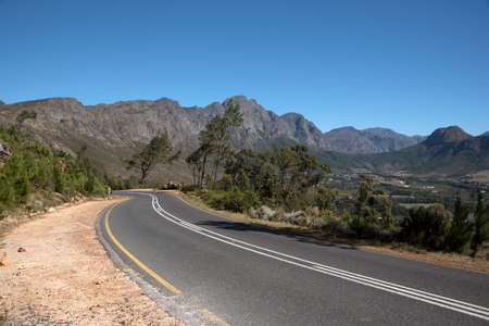 mountain pass: FRANSCHHOEK PASS WESTERN CAPE SOUTH AFRICA - APRIL 2016 - The scenic drive through the the Francshhoek Mountain pass Stock Photo