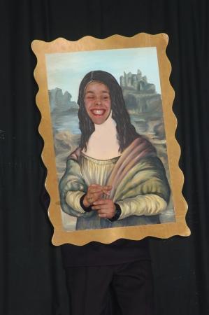 mona lisa: expressive Mona Lisa in stage act