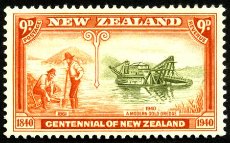 prospector: 1940 sello nueve peniques con el dragado de oro en Westland para Centennial de Nueva Zelanda