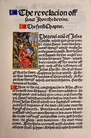 Title Page from the Book of Revelation in a Facsimile of William Tyndales 1525 edition of the English New Testament. From the Reed Rare Books Collection in Dunedin, New Zealand. 新聞圖片