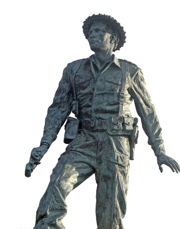 nz: Statue of Charles Upham, NZ winner of Victoria Cross in WW2; Amberley, Canterbury