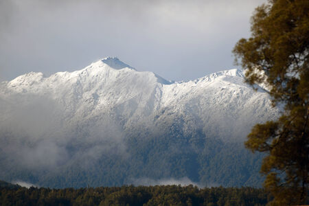 westland: fresh snow on the Southern Alps, Westland, New Zealand