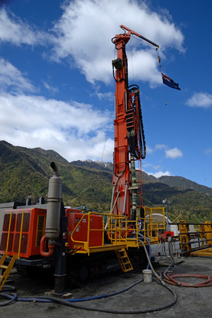 earthquakes: Drilling rig  on the Deep Fault Drilling Project, Whataroa, New Zealand. Geologists expect to gain knowledge of earthquakes from core samples of the Alpine Fault.