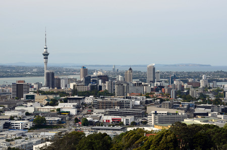 eden: Auckland central Business District from the Mount Eden lookout, Auckland, New Zealand
