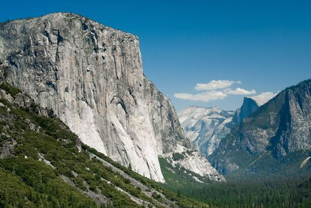 tunnel view: el capitan and half dome from tunnel view in yosemite nationa park, california, usa