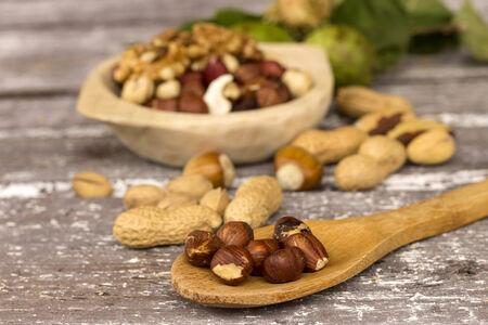 assorted mixed nuts Standard-Bild