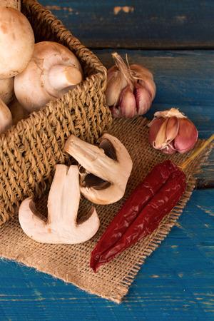 agaricus: champignons mushrooms - agaricus bisporus Stock Photo