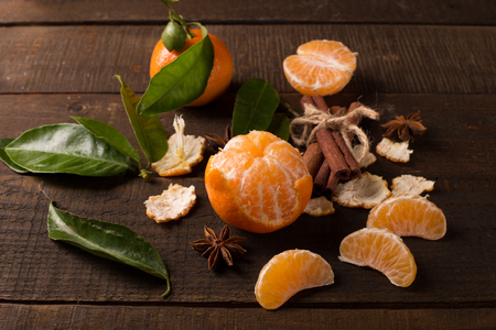 clementine: clementine fruits on a wooden table