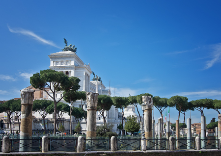 The Vittorio Emanuele II Monument also known as the Vittoriano, or Altare della Patria, built between the Piazza Venezia (The Venice Square) and the Capitoline Hill- the central hub of Rome . Stok Fotoğraf