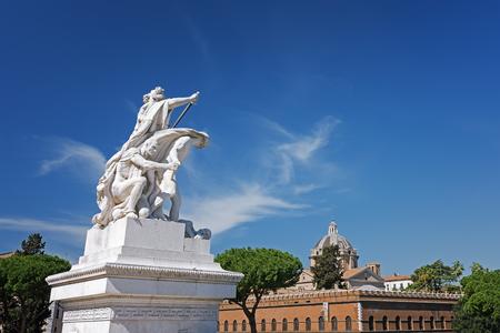 The Vittorio Emanuele II Monument also known as the Vittoriano, or Altare della Patria, built between the Piazza Venezia (The Venice Square) and the Capitoline Hill- the central hub of Rome . Foto de archivo
