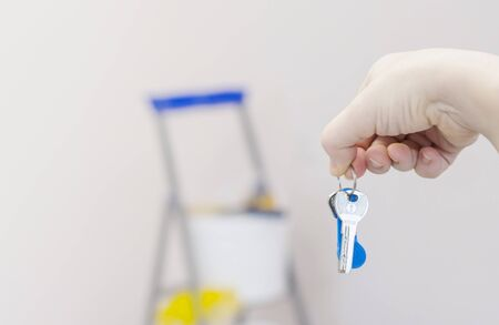 transfer of keys from the renovated apartment to new residents, rent or purchase an apartment. Stockfoto