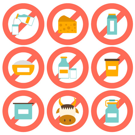 """intolerancia: Conjunto de iconos planos modernos con productos que contienen lactosa: botella de leche, vidrio, queso, reques�n, crema, yogur, vaca. Concepto de intolerancia a la lactosa con el signo """"Prohibido"""". Usted puede utilizarlo para su dise�o fresco leche, intolerancia a la lactosa o el dise�o vegana, allergi"""