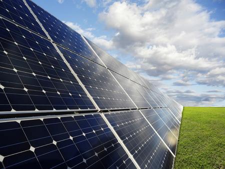 Kraftwerk mit erneuerbaren Solarenergie Standard-Bild - 35838917