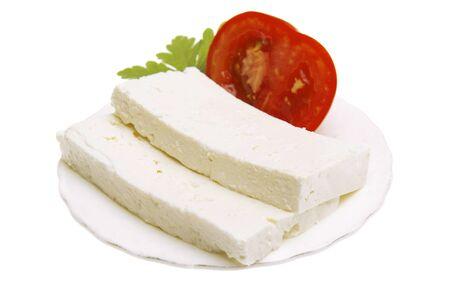 queso fresco blanco: Queso búlgaro original con el tomate en la placa