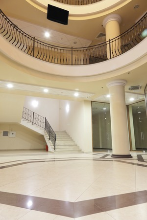 인테리어 - 상류층 쇼핑몰의 로비