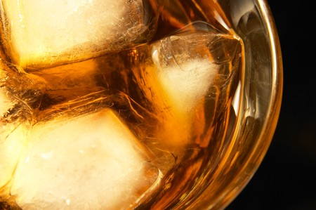 Drink with ice cubes