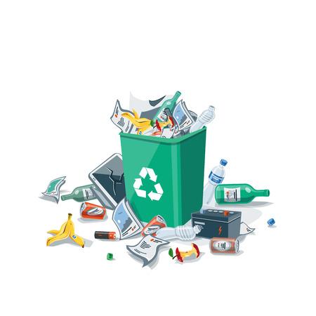tirar basura: Tirar basura en la basura los residuos que se han dispuesto inadecuadamente alrededor del cubo de la basura verde.