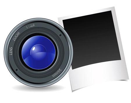 Aparat fotograficzny i fotografia na białym tle